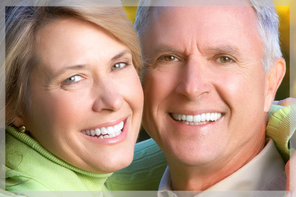 ایمپلنت دندان, ایمپلنت, اور دنچر, کاشت دندان