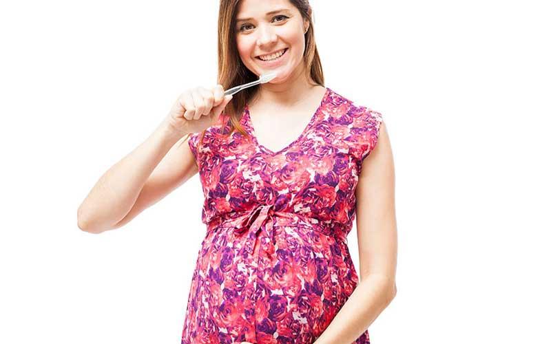 ممنوعیت امور دندانپزشکی برای زنان باردار