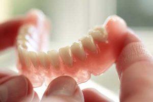 مزایای پروتزهای دندانی