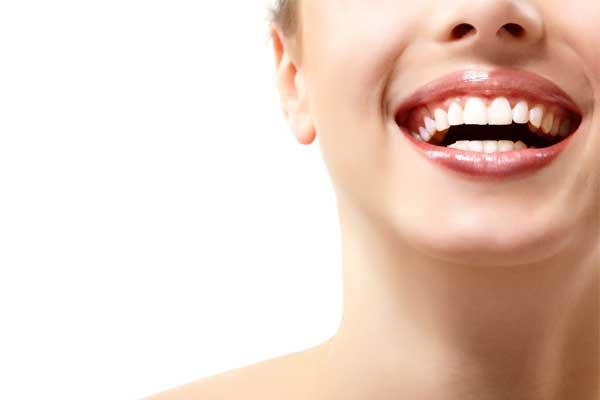 بلیچینگ یا سفیدکردن دندان