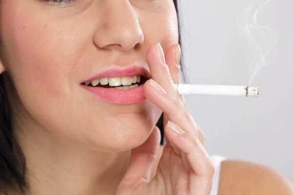 تاثیر سیگارتاثیر سیگار کشیدن روی لمینت دندان