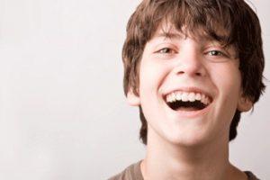 دنتال ایمپلنت برای نوجوانان