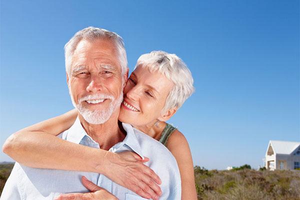 بالا رفتن سن و ایمپلنت دندان