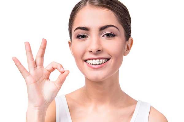 ارتودنسی شفاف یا ونیر دندان