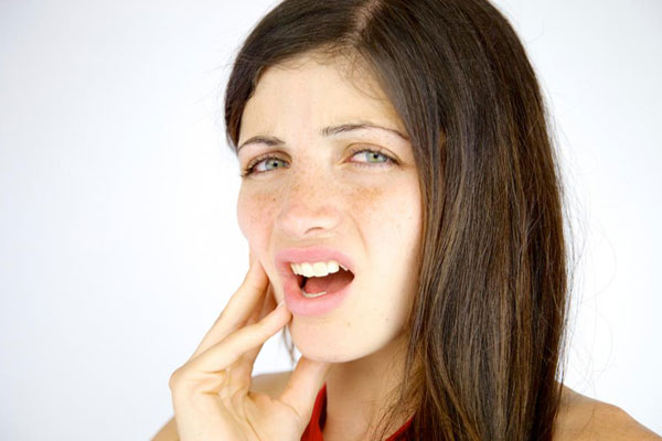 آسیب های فک و صورت